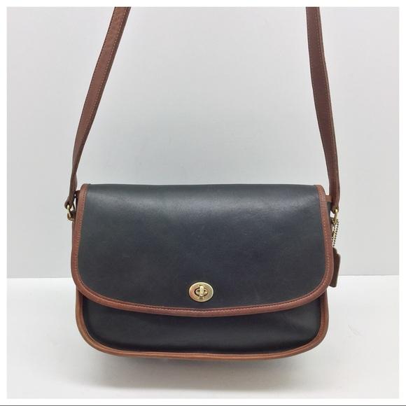 0dd0601806ec Coach Handbags - Vintage  Coach  Green Spectator City Bag Crossbody